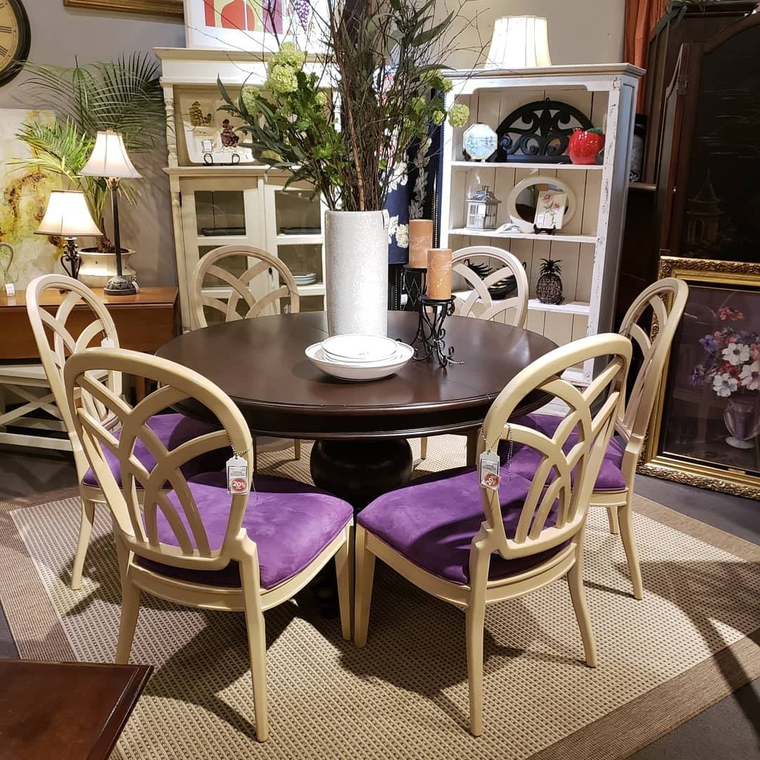 Resale Home: Hertel Home Consignment